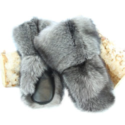 Deluxe snowmobile fur mittens in Silver fox