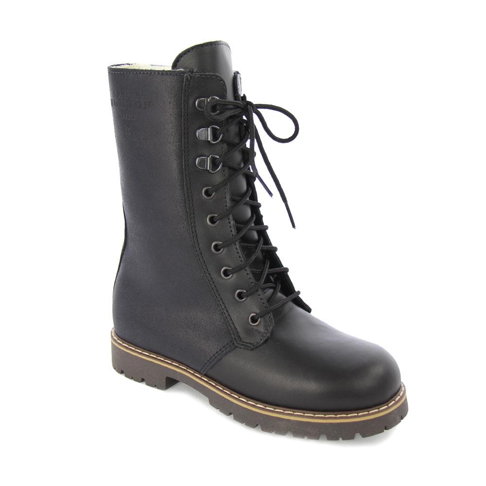 Bottes à crampons- crampon boots