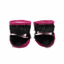 Baby slippers in pink suede and black beaver fur
