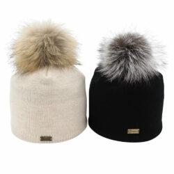 Rita model - pompom fur hat