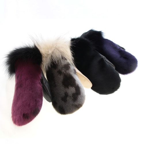 women mittens in ss & long fur (city)